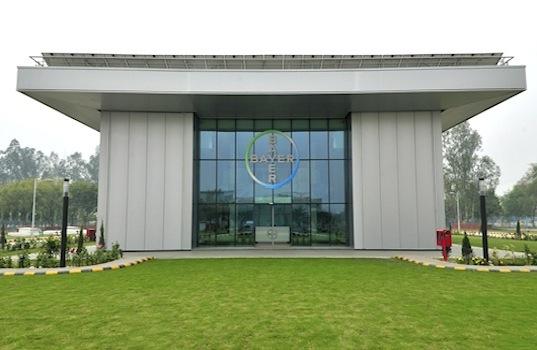 Edificio de Bayer con la mayor calificacion LEED lleva aislamiento termico de Poliuretano_cosntruccion sostenible