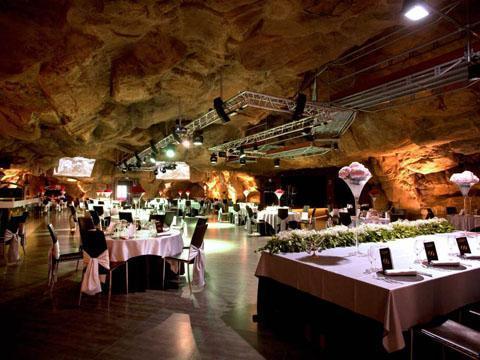 cueva grande europa poliuretano
