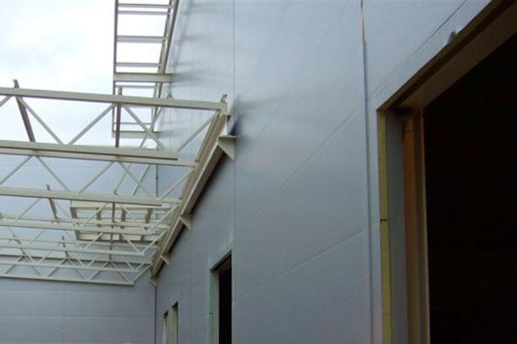 El uso de paneles sándwich de poliuretano en la rehabilitación energética de edificios