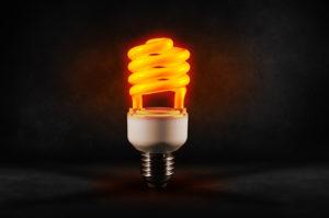 Día mundial del ahorro de energía eficiencia energética y poliuretano