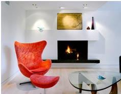 Interior-casa-pasiva-de-poliuretano-sillas