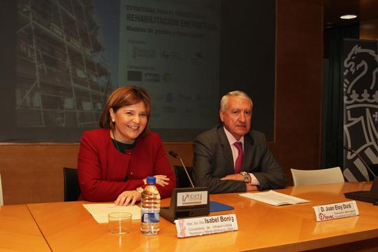 Isabel-Boning,-consellera-Infraestructuras-Generalitat-Valenciana-defiende-rehabilitacion-energetica-de-viviendas