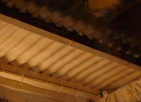 poliuretano-proyectado-en-techos